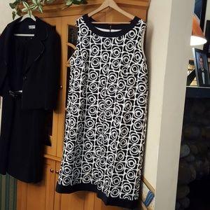Tahari size 20W sleeveless dress